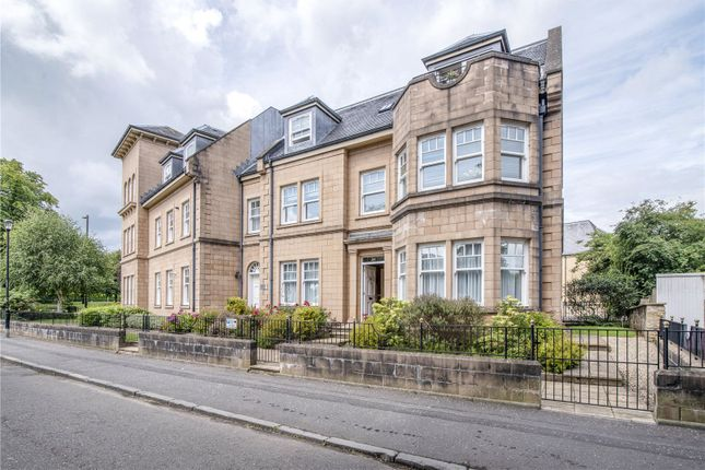 Thumbnail Flat for sale in Victoria Place, Kings Park, Stirling