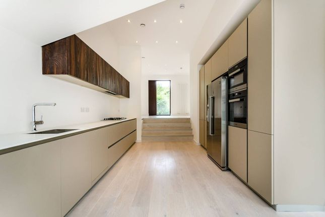 Thumbnail Terraced house to rent in Mill Lofts, London Bridge