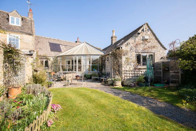 Thumbnail Barn conversion for sale in Burford Road, Fulbrook, Burford
