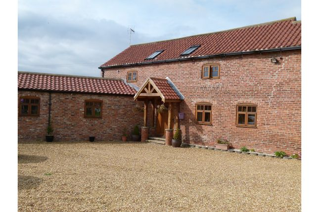 Thumbnail Barn conversion for sale in Moss Croft Lane, Hatfield, Doncaster