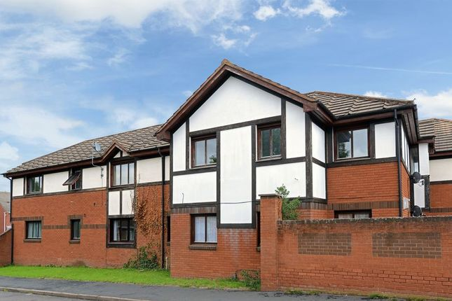 2 bed flat to rent in Ambleside Way, Donnington Wood, Telford TF2