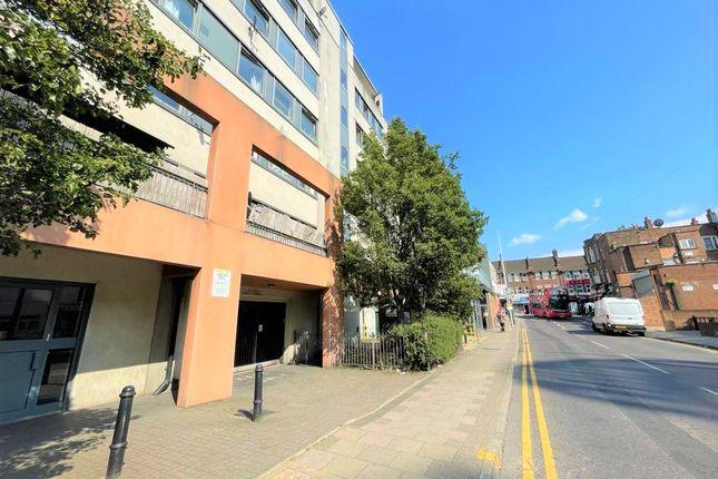 Thumbnail Flat to rent in Cambridge Road, Barking