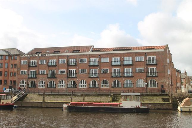 Thumbnail Flat for sale in Waterfront House, Clementhorpe, York