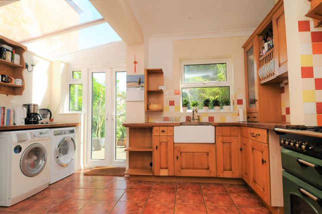 2 bed semi-detached house for sale in Reading Road, Henley-On-Thames