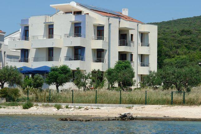 Thumbnail Hotel/guest house for sale in 110Kapp, Biograd Na Moru, Croatia