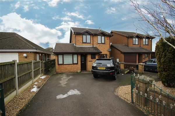 Thumbnail Detached house for sale in Leek Road, Cellarhead, Stoke-On-Trent