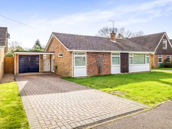 3 bed bungalow for sale in Hoveton, Norwich, Norfolk