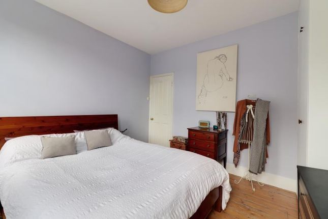 Bedroom 1 of Park Road, London N2