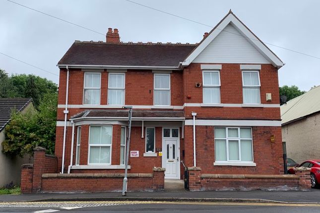 Room to rent in Stafford Road, Oakengates, Telford TF2