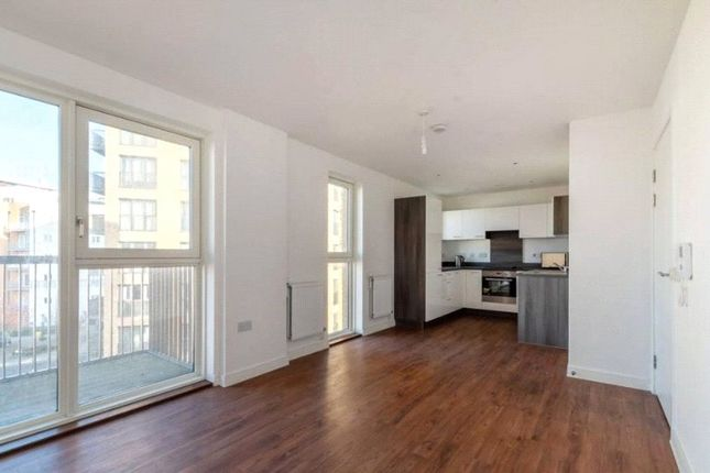 Thumbnail Flat for sale in Palladian Court, 3 Cabot Close, Croydon
