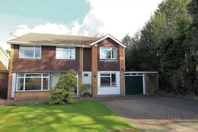 Thumbnail Detached house for sale in Coniston Close, Hemel Hempstead
