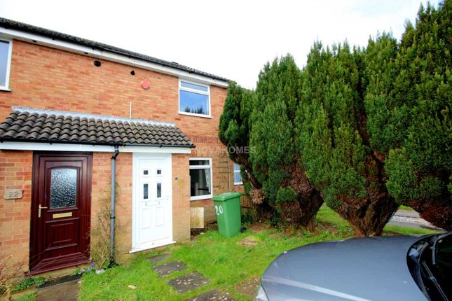 Thumbnail Terraced house to rent in Yeo Close, Efford