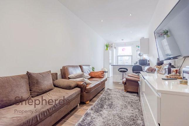 Thumbnail Flat to rent in High Street, Hoddesdon, Herts