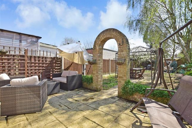 Thumbnail Semi-detached house for sale in Welling Way, Welling