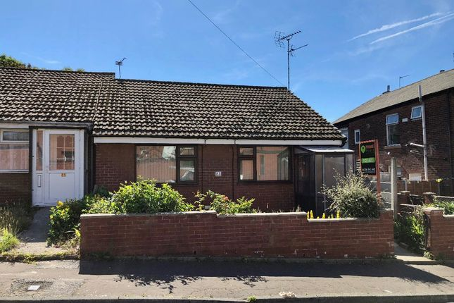 Thumbnail Bungalow to rent in Merefield Street, Rochdale