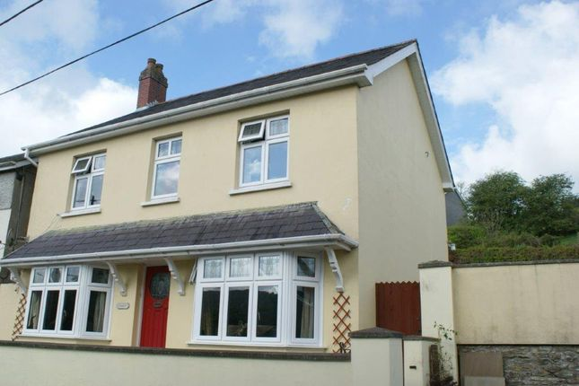 Thumbnail Detached house for sale in Graig Road, Llandysul