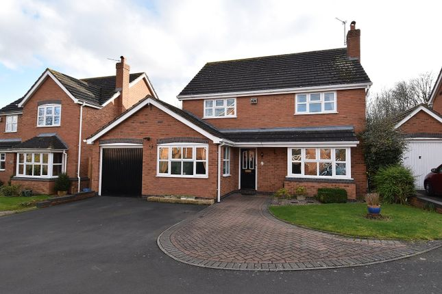 Thumbnail Detached house for sale in Clifford Road, Droitwich