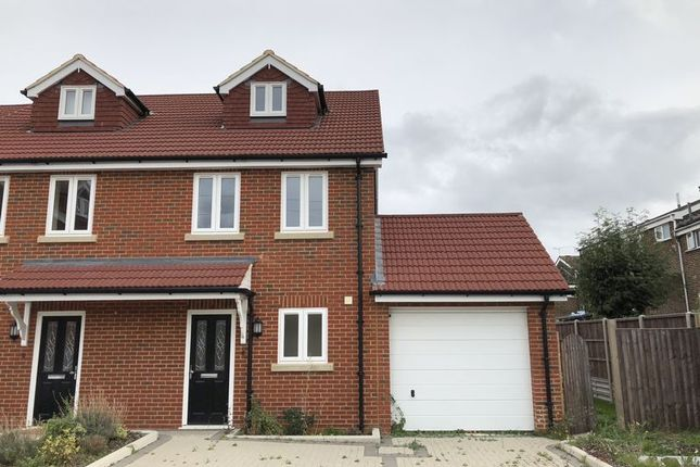 Thumbnail Semi-detached house to rent in Granary Close, Rainham, Gillingham