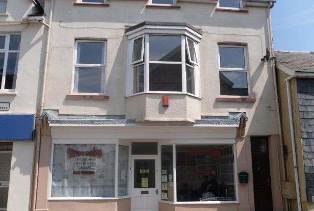 Thumbnail Room to rent in 66 West Street, Fishguard, Pembrokeshire