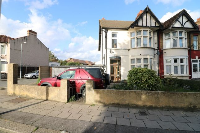 Property for sale in Perth Road, Ilford