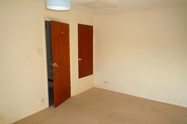 Picture No. 11 of Whites Court, Gladys Avenue, Portsmouth PO2