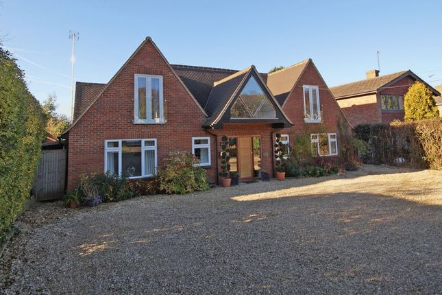 5 bed detached house for sale in Spurlands End Road, Great Kingshill, High Wycombe