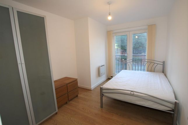 2nd Bedroom of Central Court, Melville Street M3