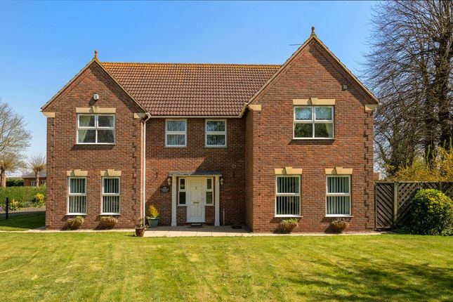 Thumbnail Detached house for sale in Paddock Green, Spalding, Lincolnshire