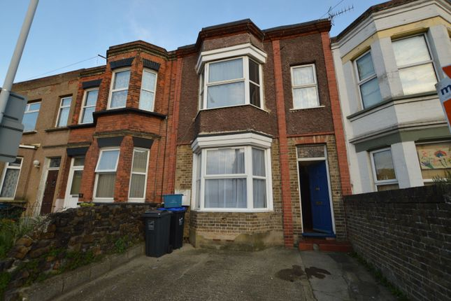 3 bed terraced house to rent in Eaton Road, Margate CT9