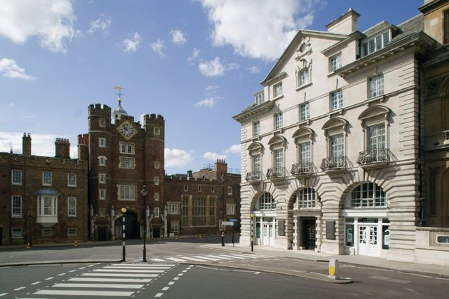 Thumbnail Flat for sale in St. James's House, 88 St. James's Street, London