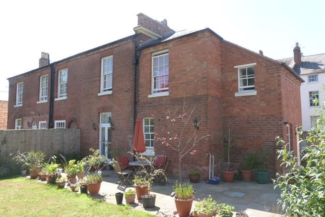 Thumbnail Semi-detached house to rent in Green Hill, London Road, Worcester