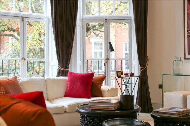 Picture No. 03 of Sloane Court East, London SW3