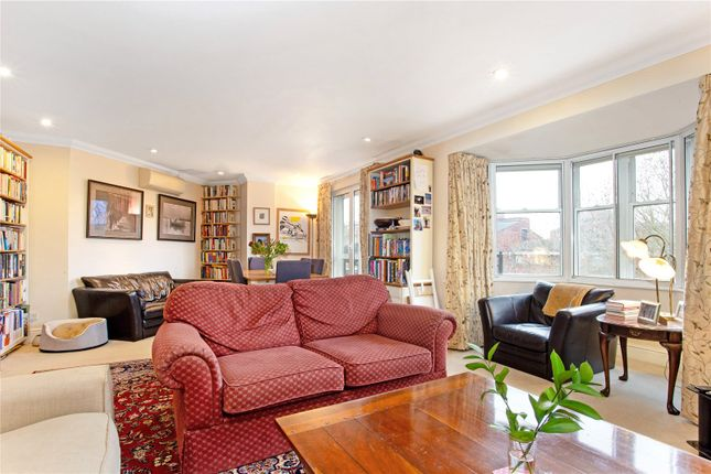 Thumbnail Flat for sale in Vincent Square, London