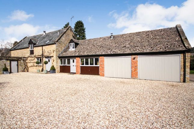 4 bed detached house for sale in Vicarage Lane, Long Compton, Oxfordshire. CV36
