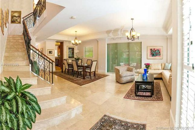 Town house for sale in 50 Alhambra Cir # 112, Coral Gables, Florida, United States Of America