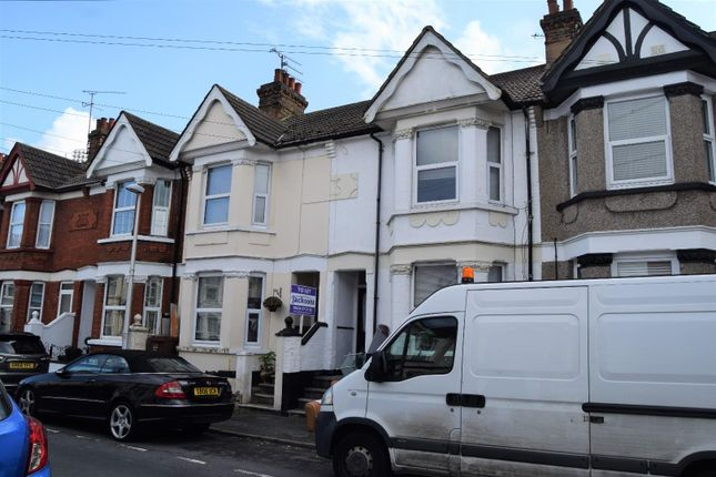 Thumbnail Terraced house to rent in Linden Road, Gillingham