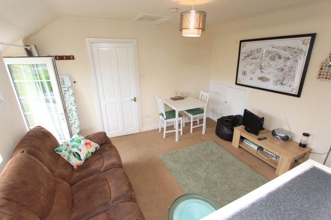 Flat to rent in Church Hill, High Littleton, Bristol