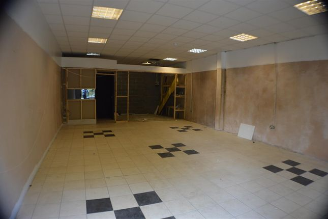 Thumbnail Retail premises to let in Knotts Lane, Colne
