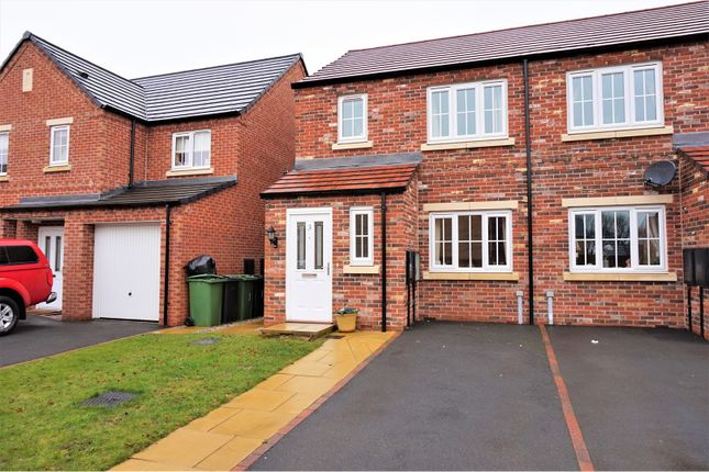Thumbnail Semi-detached house to rent in Cherry Close, Leeds