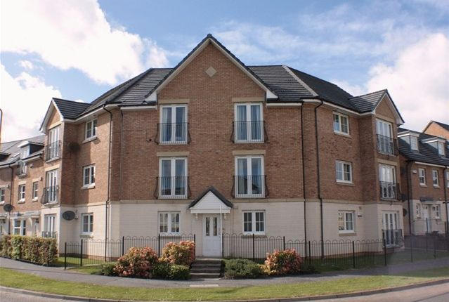 2 bed flat to rent in Leyland Road, Bathgate, West Lothian EH48