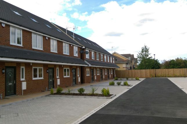 Thumbnail Terraced house to rent in Stoke Gardens, Slough