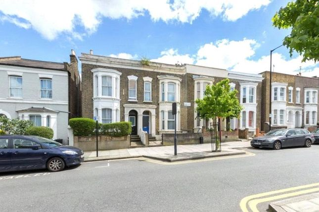 Thumbnail Property to rent in Powerscroft Road, London