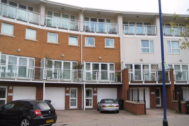 Thumbnail Town house to rent in Taliesin Court, Chandlery Way, Century Wharf, Cardiff