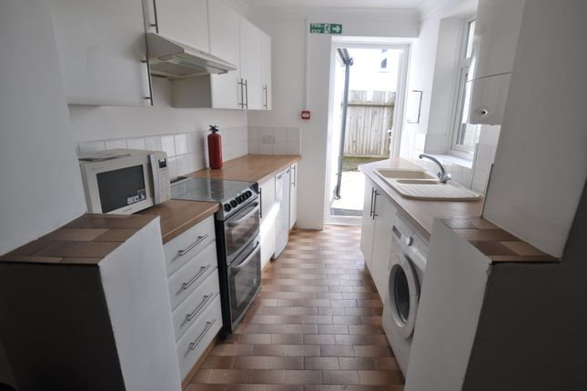 Thumbnail Property to rent in South View Place, Bournemouth
