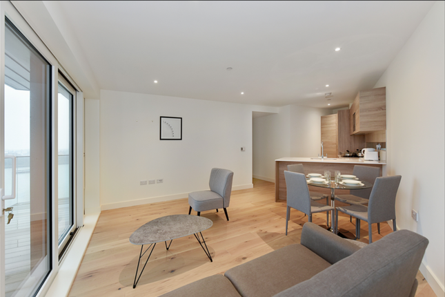 Thumbnail Flat for sale in Waterfront III, Royal Arsenal Riverside