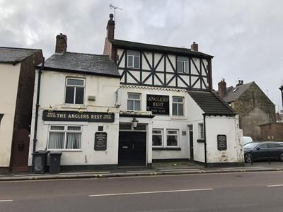 Thumbnail Pub/bar to let in The Anglers Rest, 66 Park Street, Wombwell, Barnsley, South Yorkshire