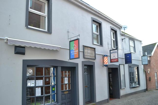 2 bed flat to rent in Albion Arcade, Mill Street, Carmarthen SA31