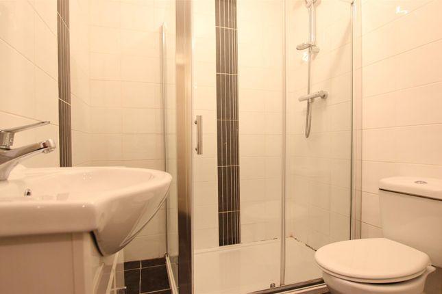 Toilet of Holytown Road, Bellshill ML4