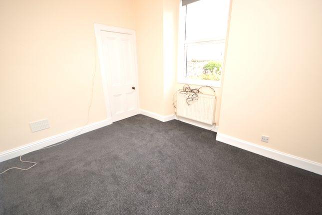 Bedroom of Baldridgeburn, Dunfermline, Fife KY12