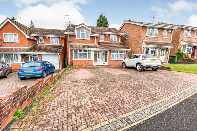 Thumbnail Detached house for sale in North View Drive, Brierley Hill